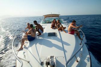 posledny den.. vylet k delfinom a snorchlovanie.. :)