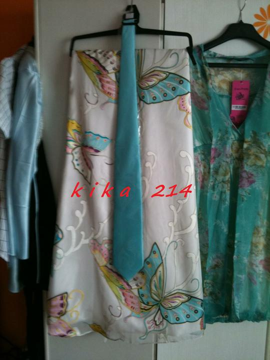 KikA214 ! :)) 21.5.2011 - zakupene kravata k popolnocnym satam.. :)