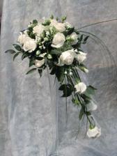 Alebo bude z bielych ruží