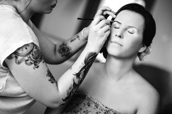Make up od NICOLE ART