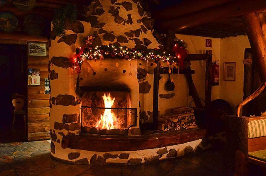 Piecky, pece a oheň v krbe :-) - Obrázok č. 87