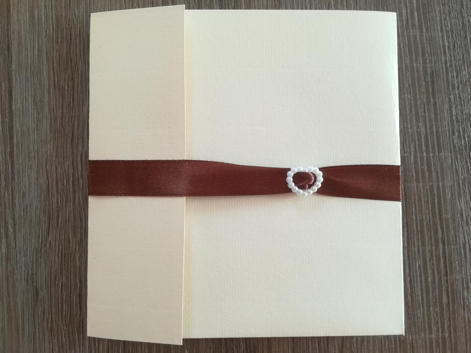 Biele perlové pracky - Obrázok č. 2