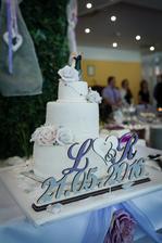 Naša krásna svadobná tortička. Nielen krásna ale aj mega chutnáááá