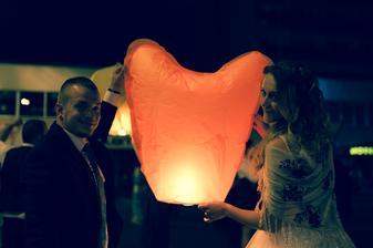 O polnoci sme púšťali lampióny šťastia ♥