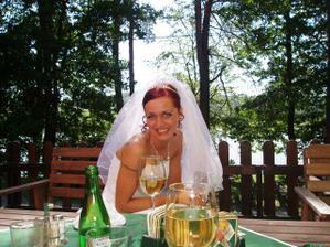 Ovíněná nevěsta?