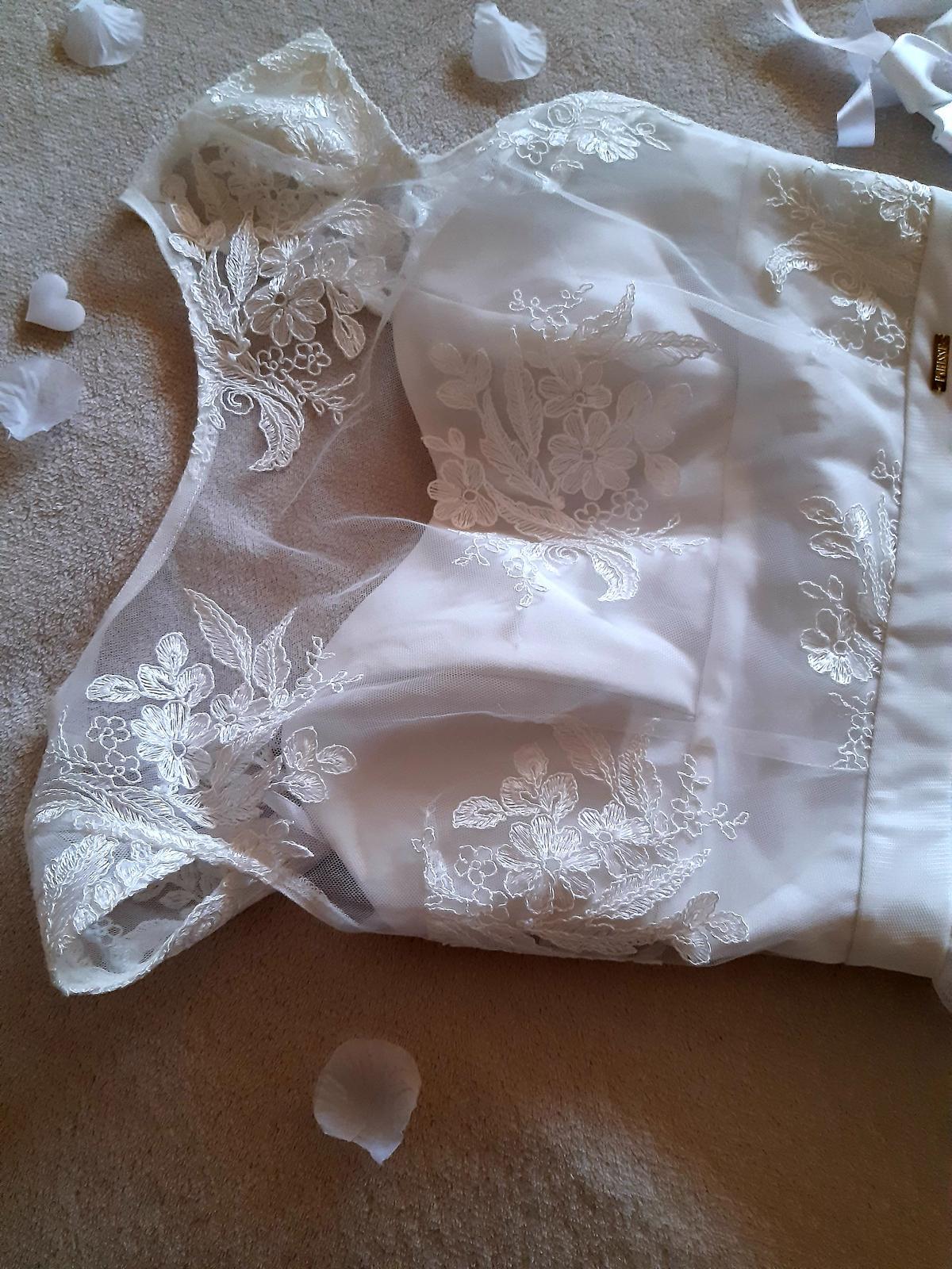 Jednoduché biele šaty M - Obrázok č. 2