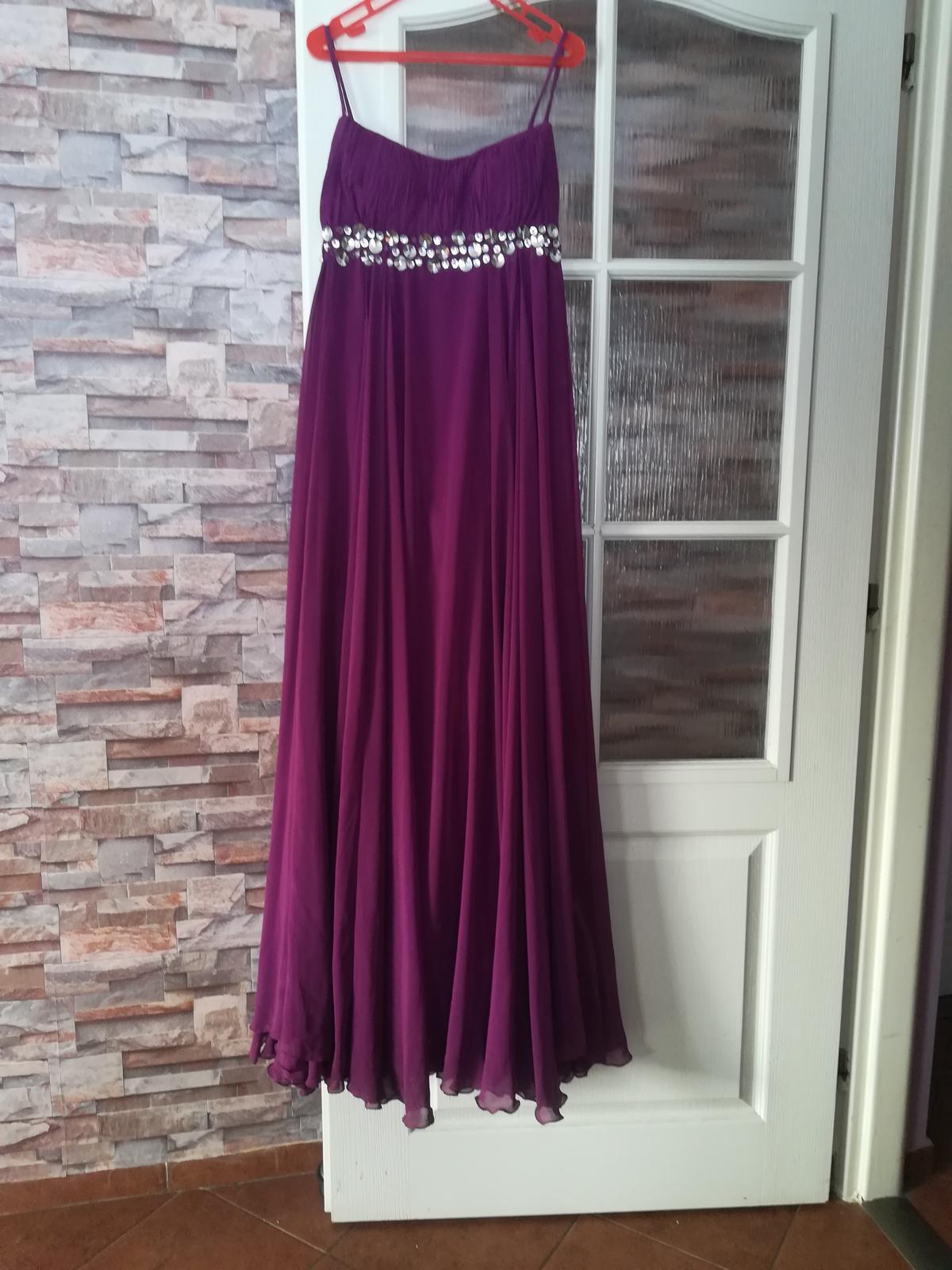 Fialové šaty - Obrázok č. 2