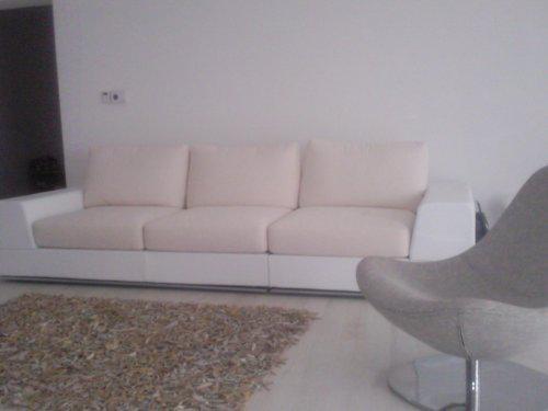 Od sna k realite :o) - sedačka, kombinacia biela koža a látka...