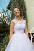 Svadobné šaty s čipkou a šnurovačkou, 36