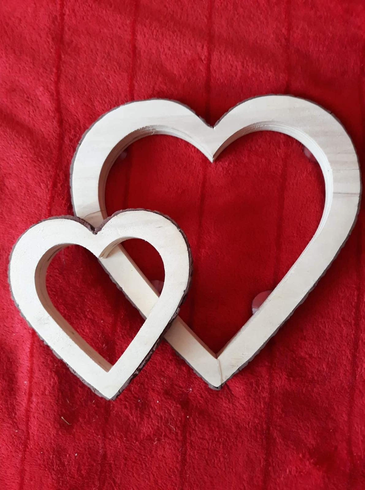 Dřevěná srdce - Obrázek č. 1