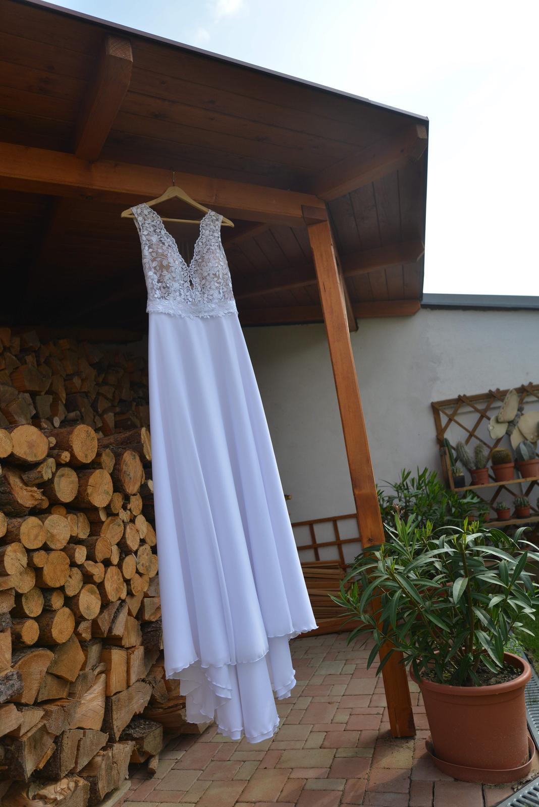 Madora svatební šaty vel 38 - Obrázek č. 1