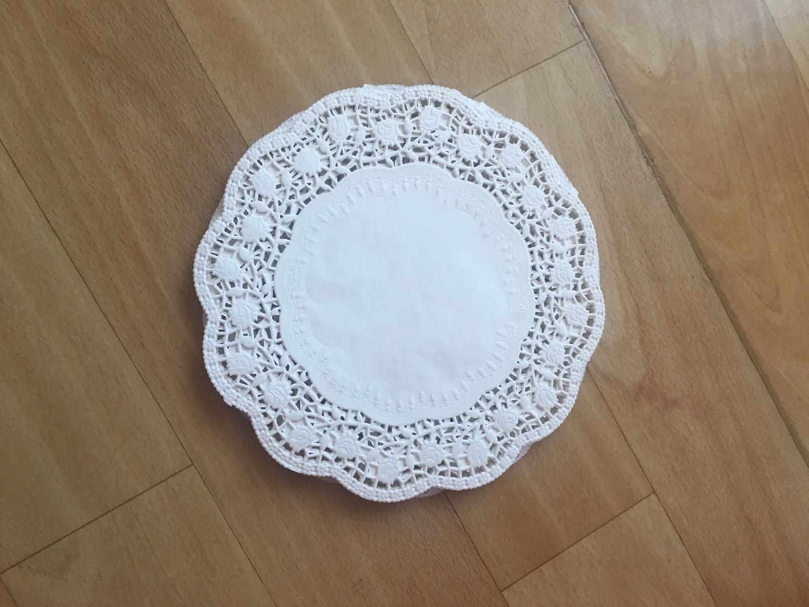 Krajková dortová podložka pod dort - Obrázek č. 3