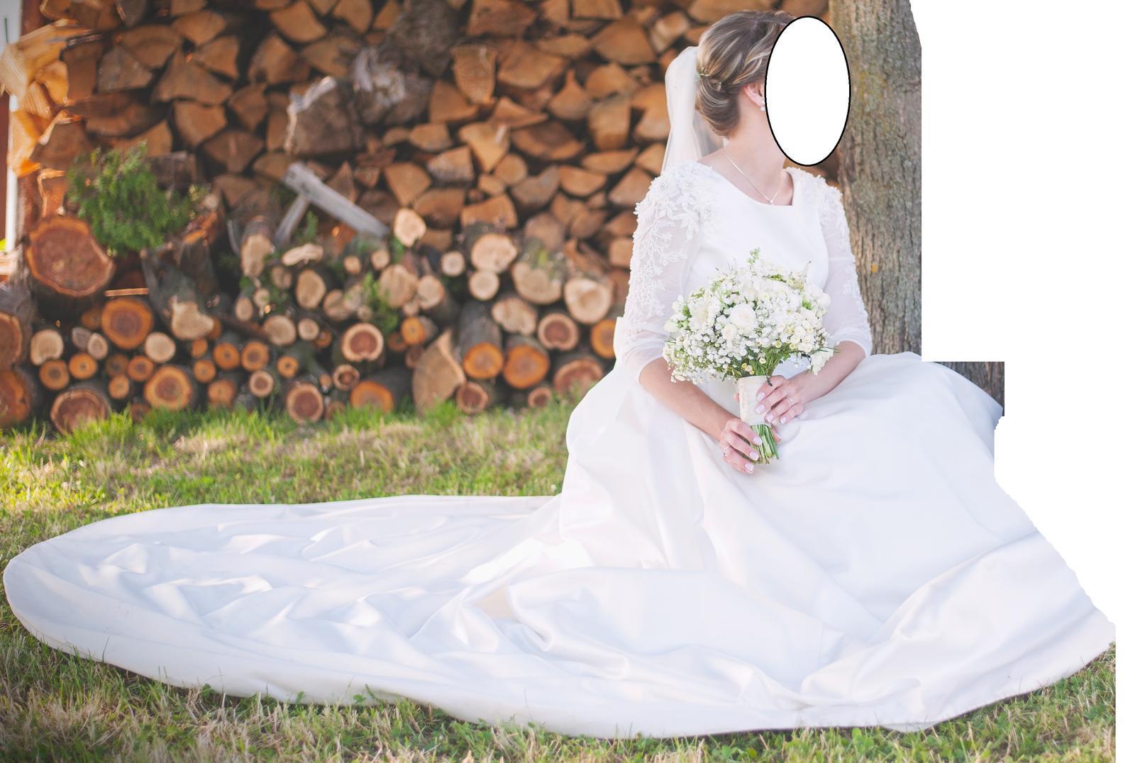 Svatební šaty s rukávky - Obrázek č. 1