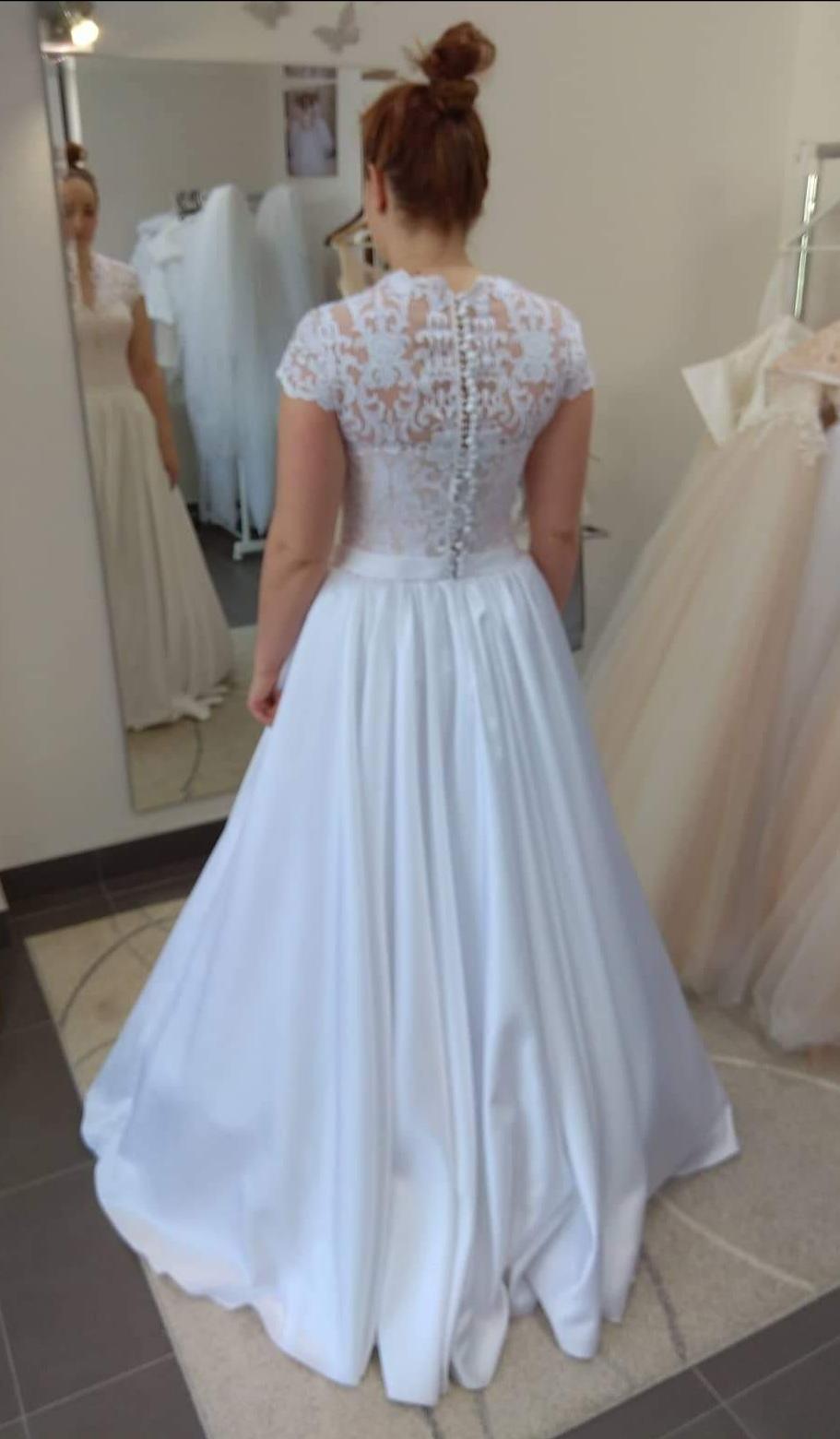 Svadobné šaty veľkosť 40 - Obrázok č. 1