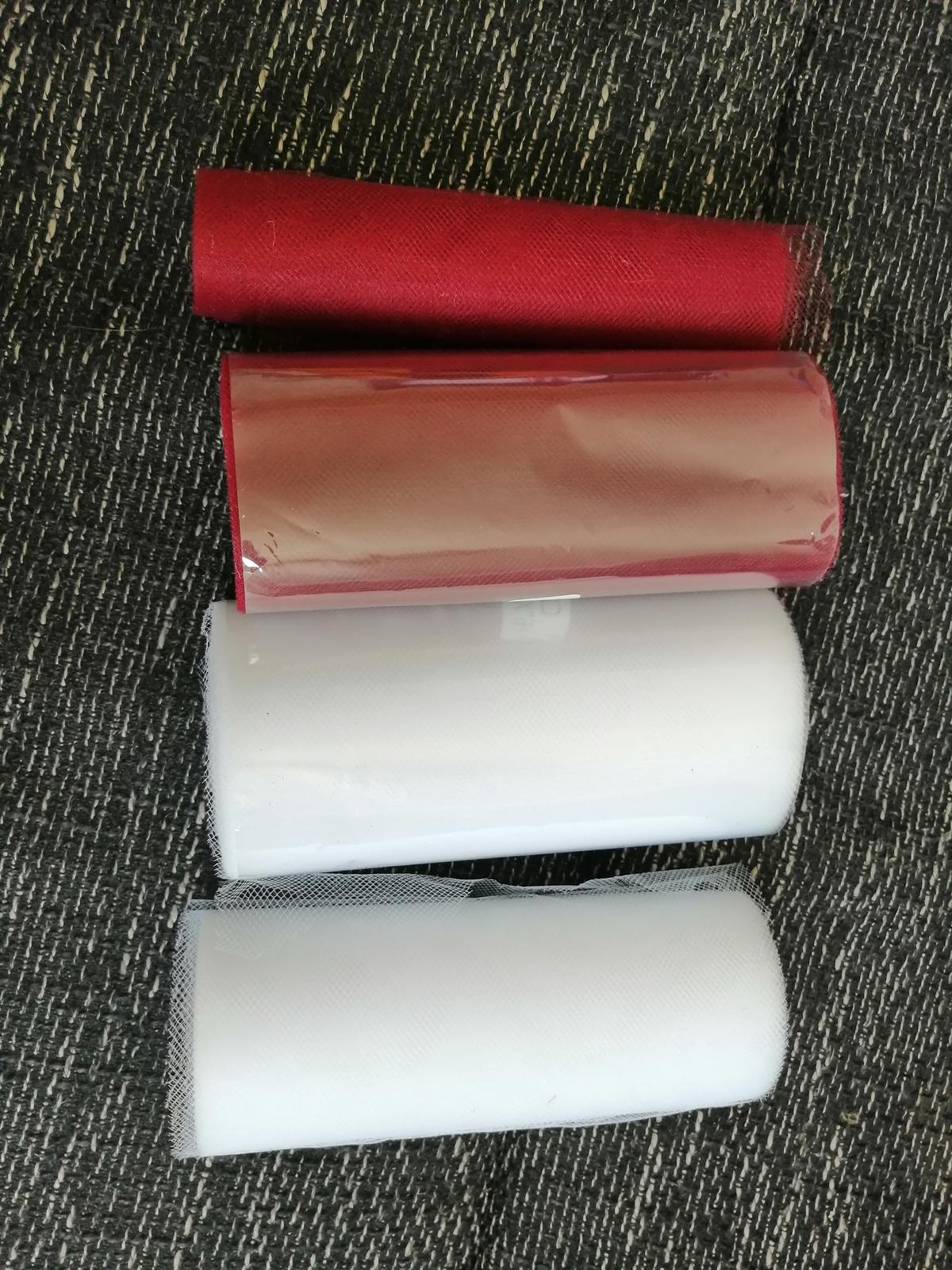 Organza tmavočervená/biela - Obrázok č. 1