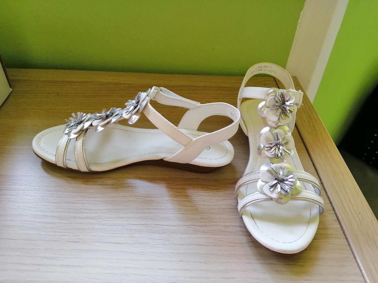 boty pro malou družičku - Obrázek č. 1