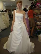 Šaty Etela - jedny z favoritek