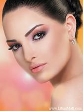 krasny makeup