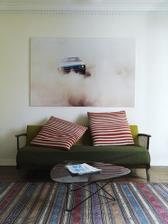 překrásný gauč..
