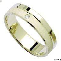 První střípek svatební skládanky...prstýnky. Takovéhle, ale v bílém zlatě.