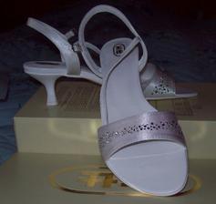 moje topánočky k šatám