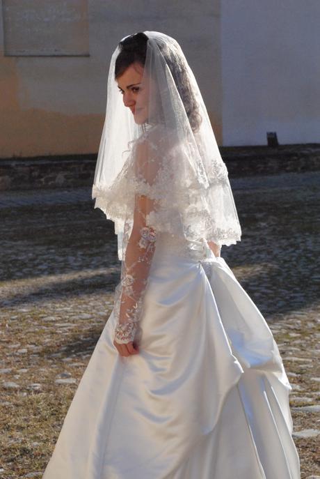 značkové ivory svadobné šaty - Obrázok č. 3