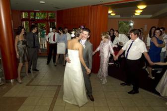 Svatebni tanec ... jeee