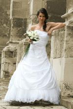 a na mne v den svadby!