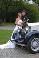 Panu fotografovi se zalíbilo auto jiné svatby