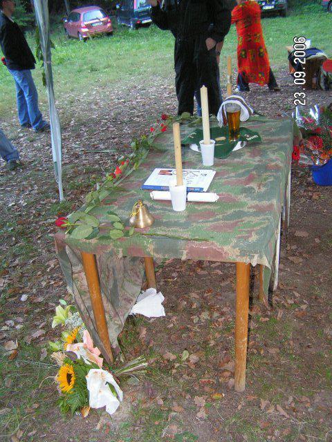 Lucia{{_AND_}}Patrik - trampský oltár