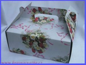krabičky na výslužky,polovina druhá polovina krabiček je růžová s růží...