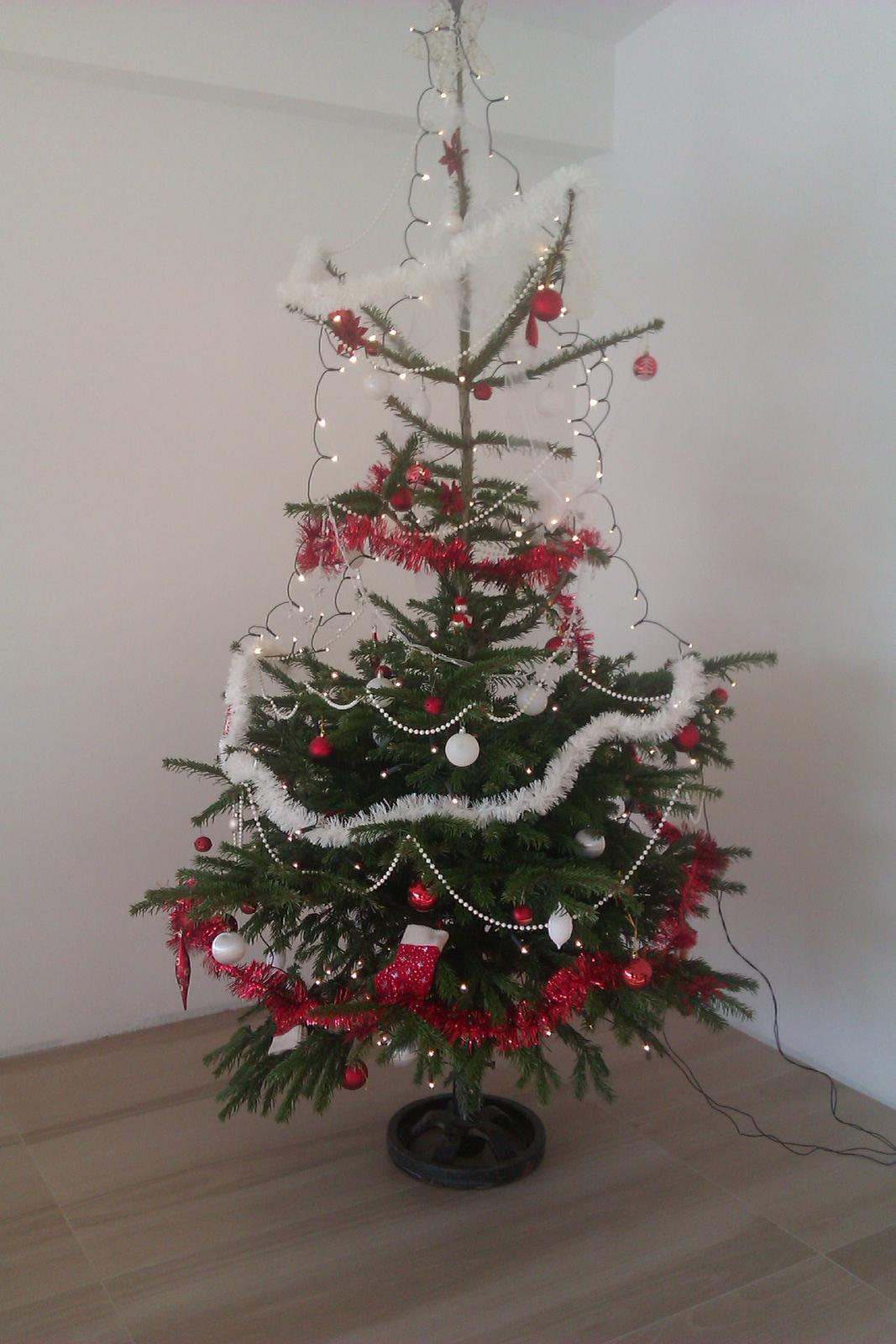 Náš víkendový dom - Aj vo víkendovom dome máme vianoce :-)
