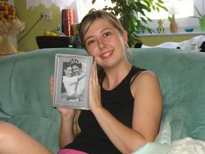 dáreček k narozeninám od Lucinky svědkyně - svatební rámeček :o)