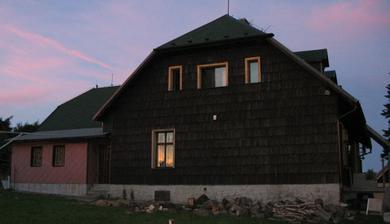 chata Bernava v červánkách