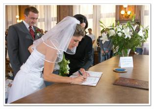 první podpis společným jménem
