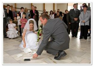 štřepy přinášejí štěstí...dokonce si manžel schoval střep na památku