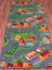 hrací kobereček k Lilince...