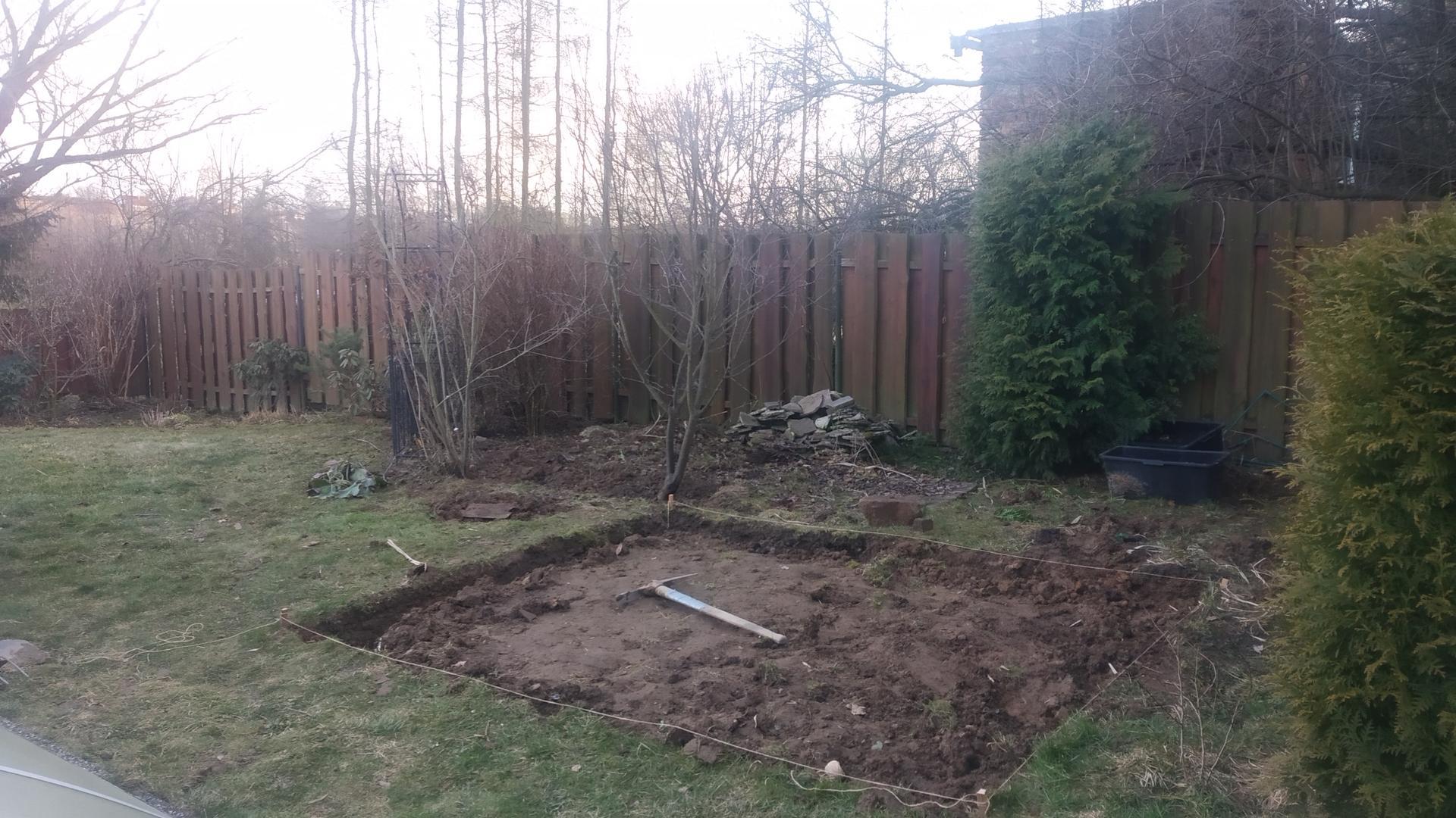 Zahrada 2021 a budování skleníku - Tahle skleník začal...