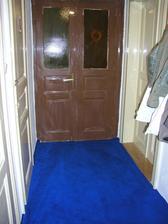 Původní vstupní dveře do bytu v našem domě...