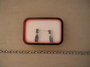 část mých svatebních šperků:)
