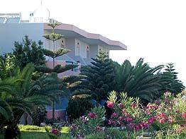 náš hotel, Kréta