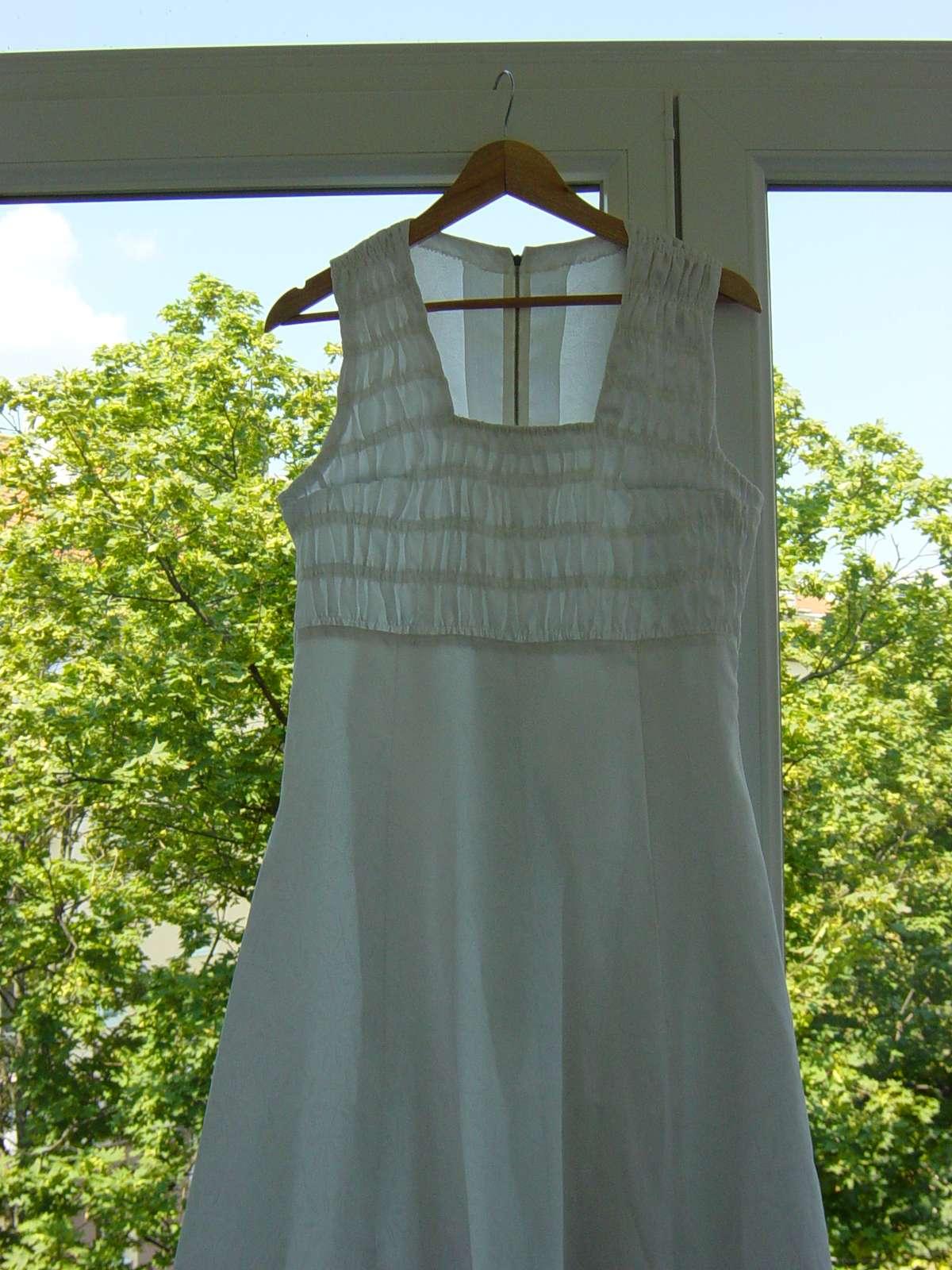 Biele svadobné/spoločenské šaty - Obrázok č. 3