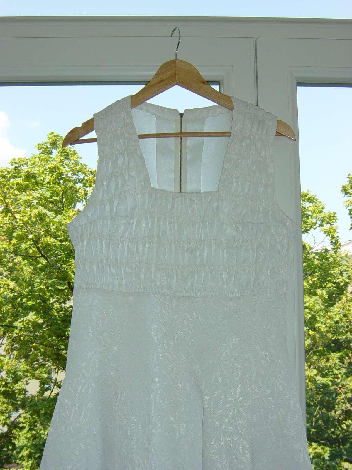 Biele svadobné/spoločenské šaty - Obrázok č. 2