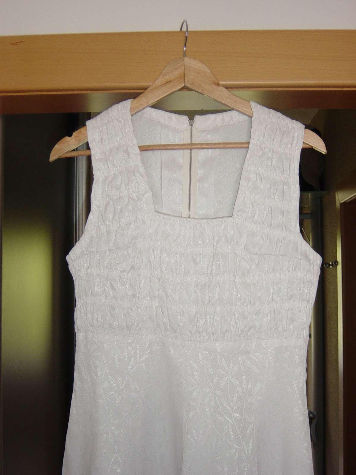 Biele svadobné/spoločenské šaty - Obrázok č. 4
