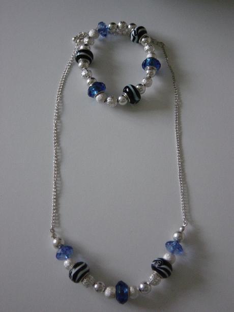 Set - náhrdelník a náramok  - Obrázok č. 1