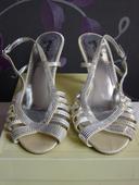 Ivory sv. sandálky, 40