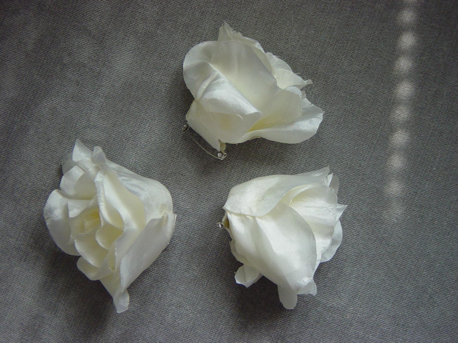 2 smotanové ruže - Obrázok č. 2