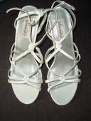 Biele remienkové sandálky č. 39 , 40