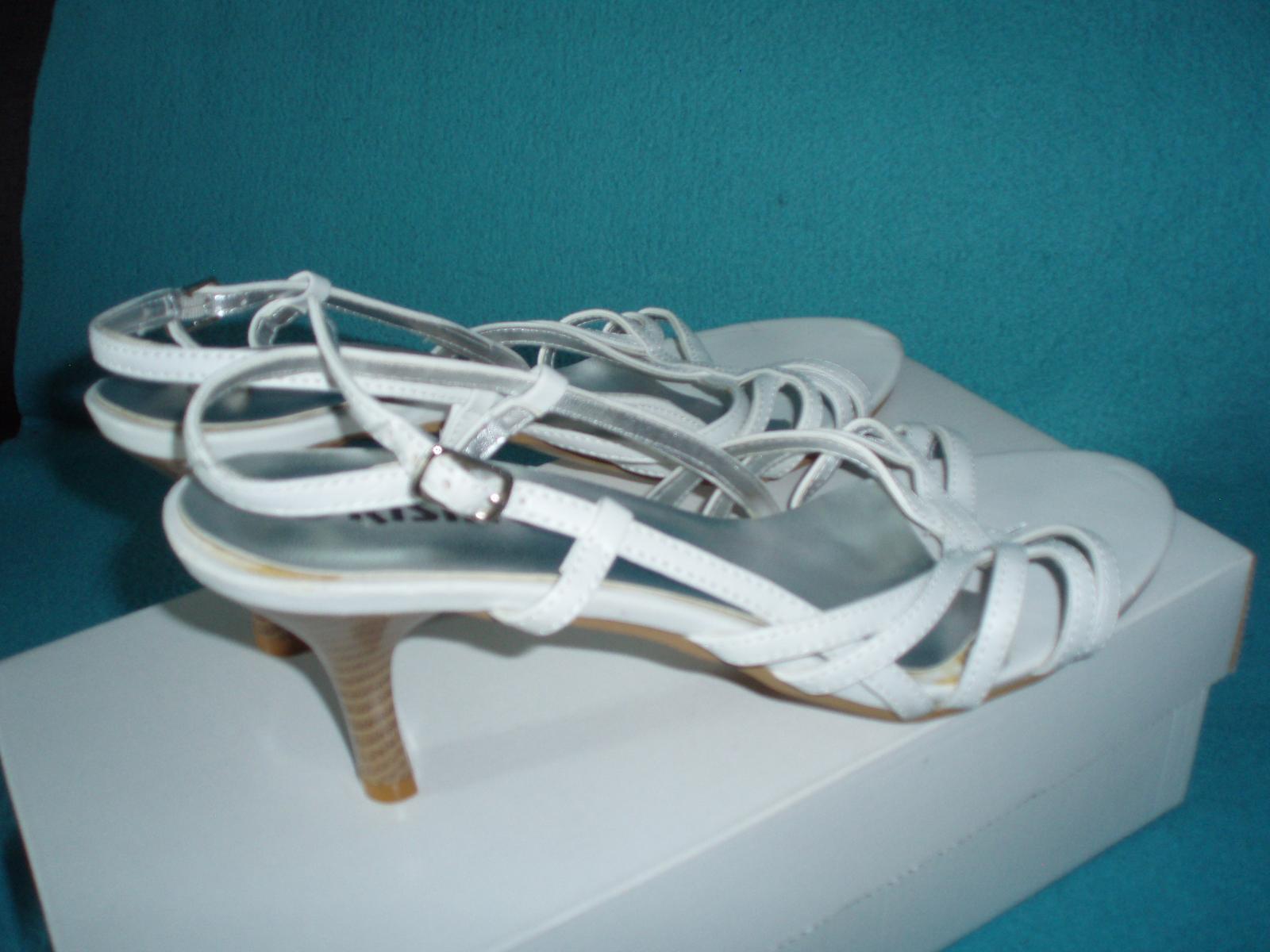 Biele remienkové sandálky - Obrázok č. 3