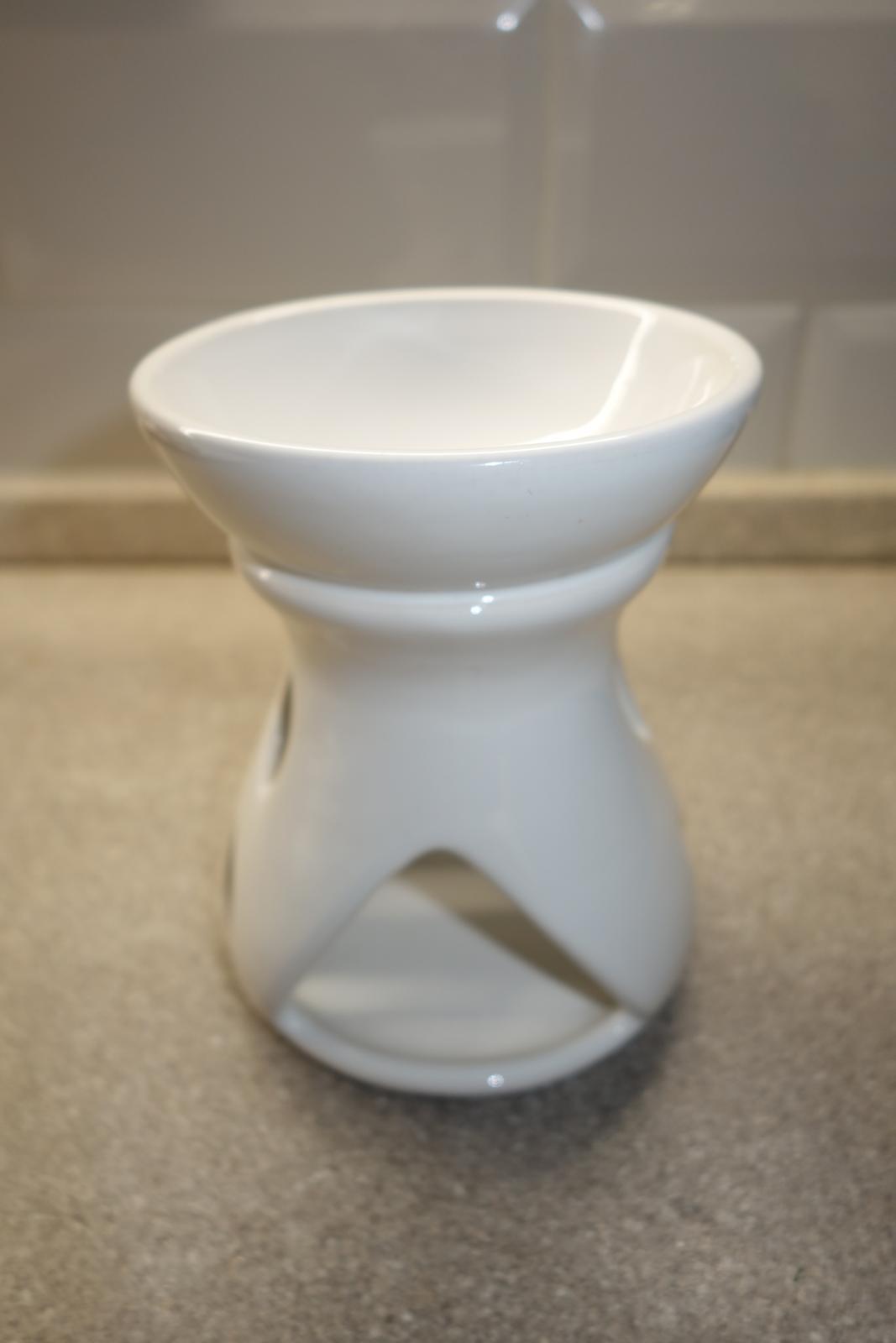 Biela aromalampa - Obrázok č. 1